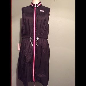 Hunter for target zip front  Black dress size XL